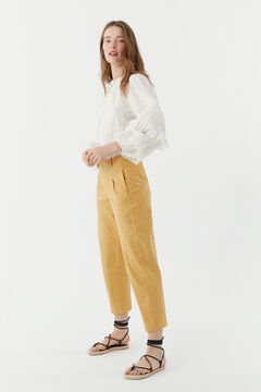 Hoss Intropia Menorca. Pantalón mezcla lino pinzas Amarillo