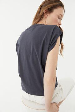 Hoss Intropia Raset. Camiseta de algodón orgánico con mensaje Azul