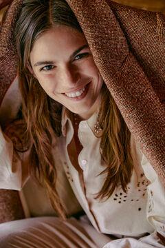 Hoss Intropia Vansa. Camisa algodón romántica Beige