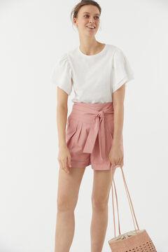 Hoss Intropia Ancona. Pantalón bermuda corto algodón con cinturón Rosa