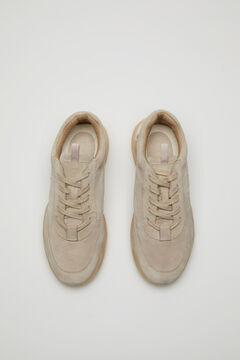 Hoss Intropia Saturnia. Zapatillas de ante logo Marrón