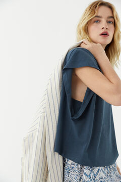 Hoss Intropia Prima. Camiseta algodón orgánico sisa abierta Azul
