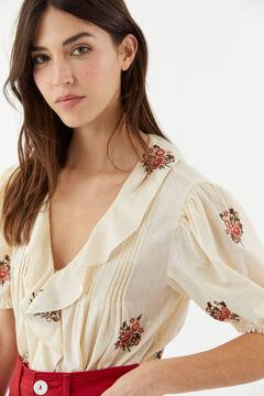 Hoss Intropia Formentera. Blusa de algodón bordada Beige